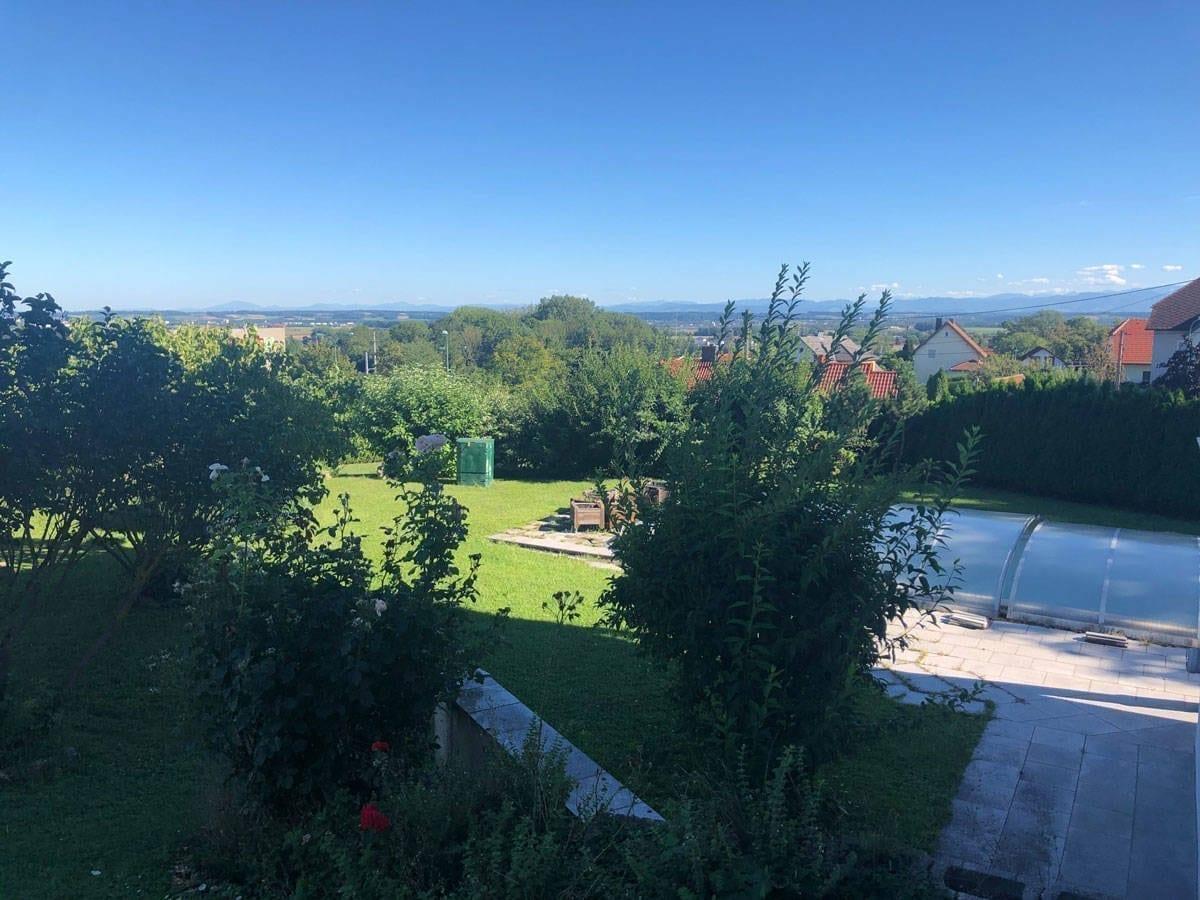 Aussicht Garten&Pool